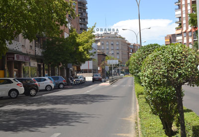 Una rotonda en Pío XII a la salida del túnel de Autobuses mejorará la circulación en la zona