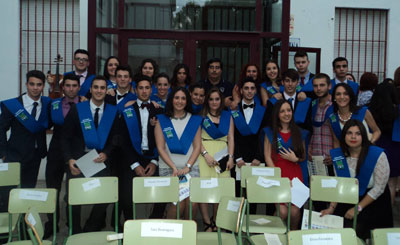 Alumnos de Bachillerato y FP de San Isidro cierran etapa académica