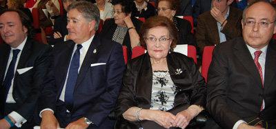 La lagarterana Pepita Alía fue homenajeada en su pueblo por una vida dedicada a los bordados