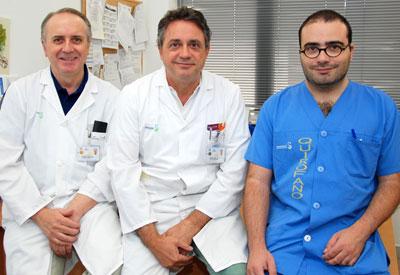 Especialistas en Dermatología del Hospital talaverano: Luis Miguel Torres, Angel Palomo e Iván Cervigón.