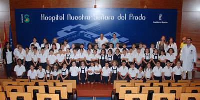 Alumnos de los Maristas participan en una jornada de promoción de hábitos saludables en el Hospital de Talavera