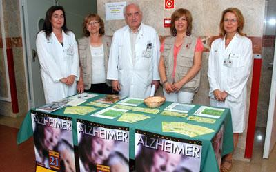 El Hospital Nuestra Señora del Prado de Talavera de la Reina muestra su apoyo a la asociación de Alzheimer