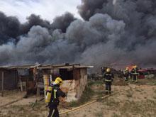 El incendio originado en un desguace de Velada ya ha sido extinguido