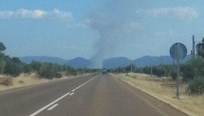Declarado un incendio en superficie agrícola en Los Navalucillos