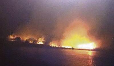 Tres incendios en la misma isla del río Tajo junto al Puente de Hierro