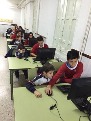 Alumnos de Secundaria del 'Juan Ramón Jiménez', tutores de los de Infantil