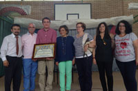 El periodista Julián Garvín recibe el Premio 'Adalid Meneses'