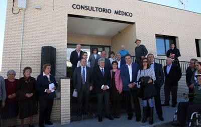 Leandro Esteban inaugura el nuevo consultorio médico de Cervera de los Montes
