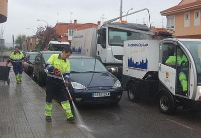 La limpieza de chicles del viario supone entre 1,5 y 2 euros por metro cuadrado a la Concejalía de Medio Ambiente