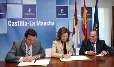Marta García firma un convenio con la Mancomunidad de Segurilla y Cervera de Los Montes para resolver los problemas de abastecimiento de agua