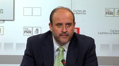"""Martínez Guijarro (PSOE-CLM): """"El marido de una consejera de Cospedal no puede decidir qué juez investiga a Cospedal"""""""