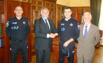 El Oficial de la Policía Local Javier Fernández, Medalla al Mérito de la JCCM