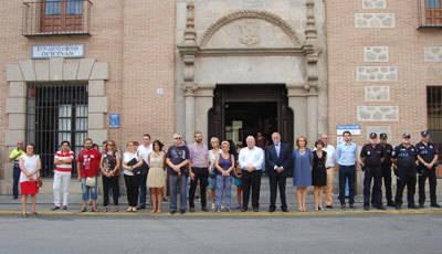 Minuto de silencio en Talavera por la última víctima por violencia de género en Palma de Mallorca