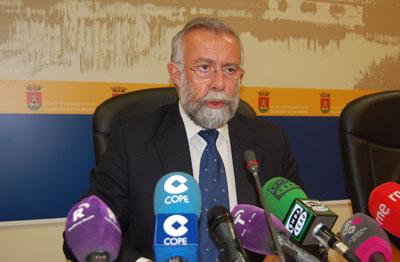 El Ayuntamiento contratará a 220 personas para realizar trabajos en la ZONA URBAN