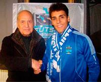 El futbolista Nacho Gil deja la disciplina del Navalmoral y ficha por el Chatelineau belga
