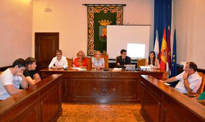 Núñez confía en poner en marcha la negociación de la Relación de Puestos de Trabajo en septiembre