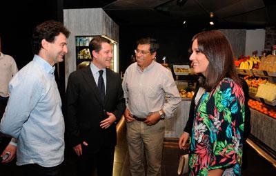 Toledo suma desde hoy a su oferta turística y gastronómica el amplio abanico culinario del Mercado de San Agustín, que ha inaugurado el alcalde