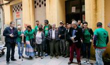 La PAH busca realojar a las nueve familias que ocuparon el edificio de San Francisco