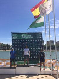 Los talaveranos Perales y Batres, segundo y tercero en la Skoda Triatlon Series de Sevilla