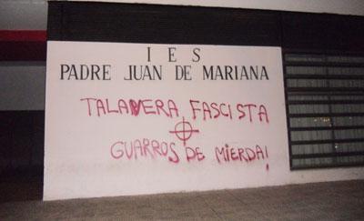 Aparecen pintadas con la consigna 'Talavera fascista' en varios puntos de la ciudad
