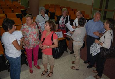 Los afectados de la Cooperativa de Parrillas buscan amparo en la Junta de Comunidades