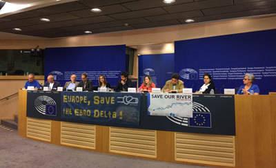 La Plataforma del Tajo obtiene en Bruselas el compromiso de la Comisión de Peticiones de visitar el río a su paso por Talavera a principios de 2016