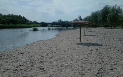 La playa de los Arenales del Tajo ya está siendo utilizada por los usuarios