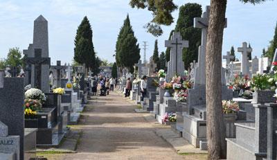 Se aprueba la creación de una tasa para el uso prorrogado de los columbarios