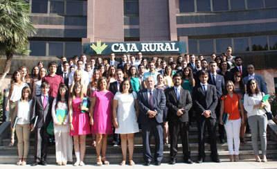 82 universitarios comienzan sus prácticas en Caja Rural Castilla-La Mancha