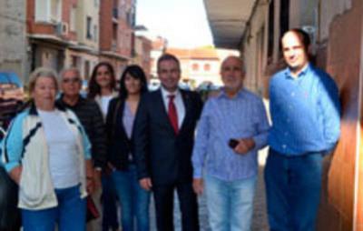 El PSOE exige para el barrio del Carmen más limpieza y más presencia policial