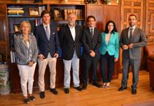 Ramos se reúne con la directiva de la Agrupación de Jóvenes Abogados