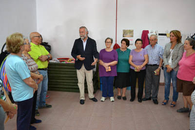 El alcalde celebra el Día de las Personas Mayores en 'La Solana'