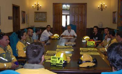 Ramos se reúne con los miembros de la BRIF con base en La Iglesuela
