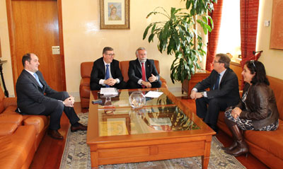 Ramos pide al rector de la UCLM el aumento de la oferta universitaria en Talavera