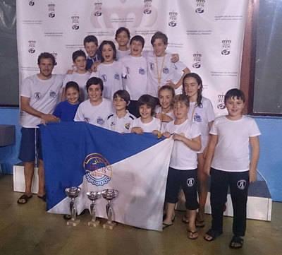 Los benjamines del Aqüis, campeones regionales