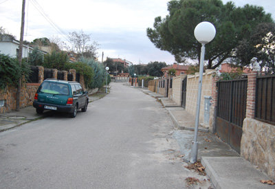 Roban en 35 viviendas de la misma calle de una urbanizaci n en el casar de escalona la voz del - Urbanizacion las colinas el casar ...