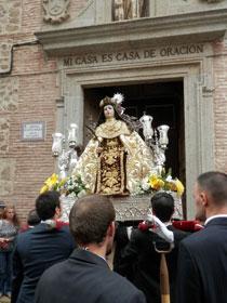Santa Teresa de Jesús sale en procesión por las calles de Talavera 55 años después