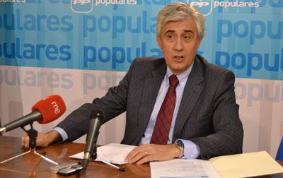 """Burgos: """"Page quiere que un millón de castellano-manchegos paguen más impuestos, y que los empresarios de Talavera tengan menos dinero para invertir y no puedan crear empleo"""""""