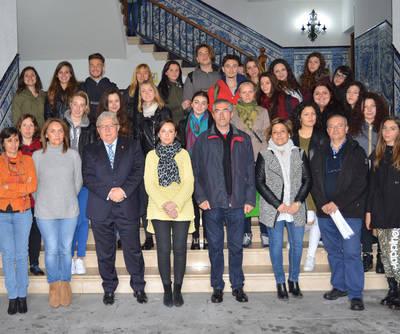 El Consistorio recibe a alumnos de Grosseto