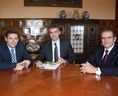 Caja Rural CLM entrega su Memoria en Diputación