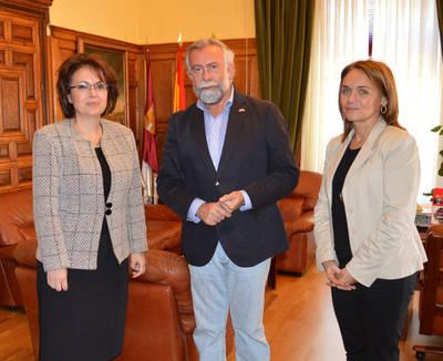 La cónsul de Rumanía, Doina Boblea, en Talavera