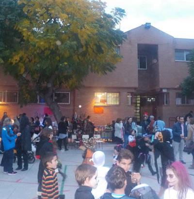 Halloween solidario con la Asociación 'Aurelio de León' del 'José Bárcena'