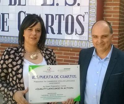 Reconocida labor bilingüe del Puerta de Cuartos
