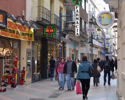 El Pleno respalda un centro comercial abierto