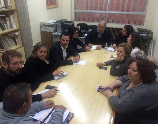 Los vecinos respaldan las mociones del PSOE