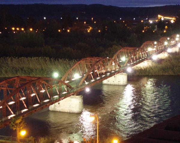 Roban parte del cableado del Puente de Hierro