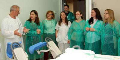 La gerente del SESCAM conoce las nuevas medidas del Programa de Humanización del Parto del Área de Talavera