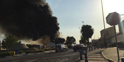 Peligroso incendio a las afueras de Talavera de la Reina (VIDEO)