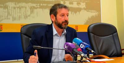 El PSOE denuncia que se han dejado de cubrir un centenar de plazas del Plan de Empleo