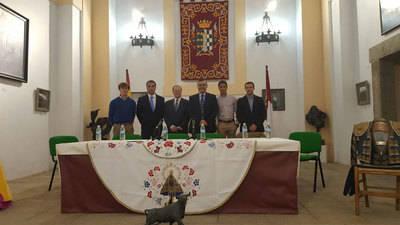 Éxito de Cerdán en la conferencia de Velada